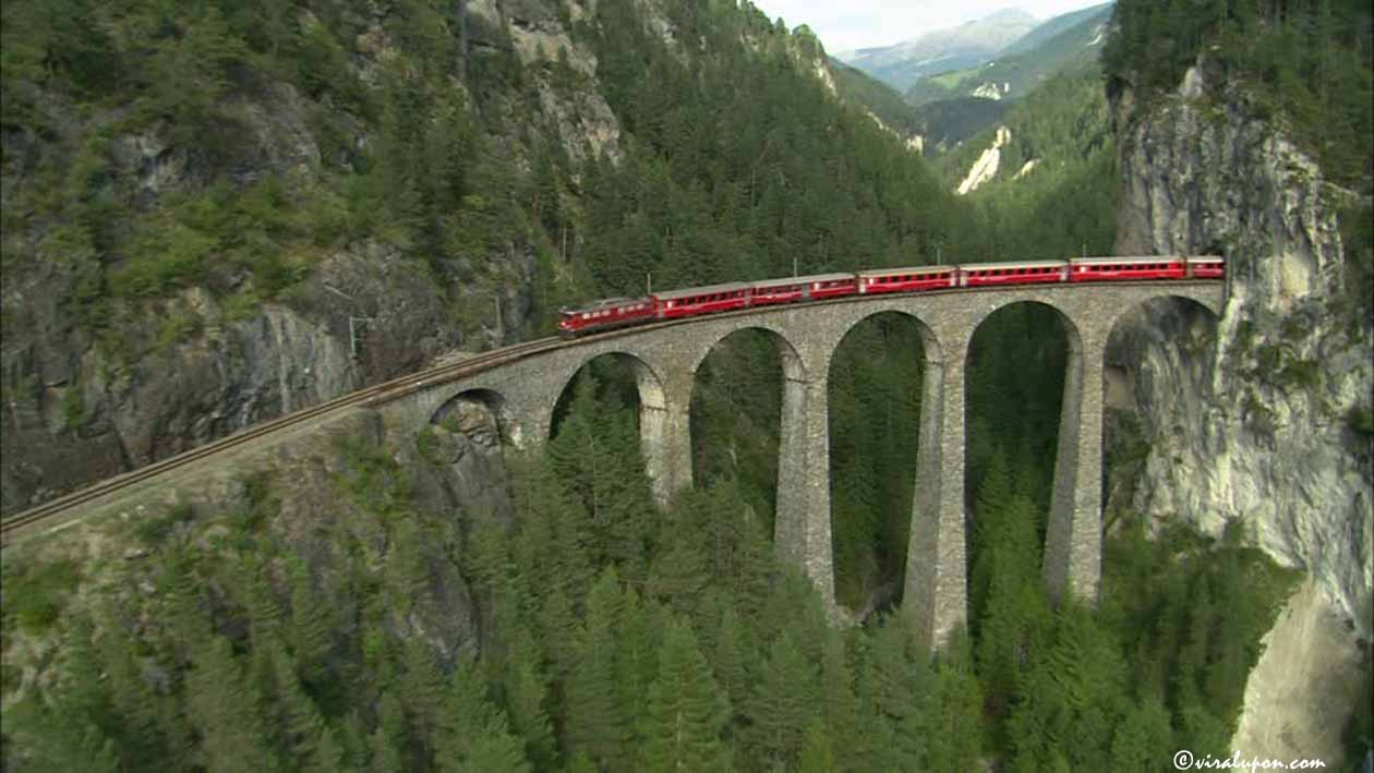 Glacier Express at Switzerland | Great train journey in the World