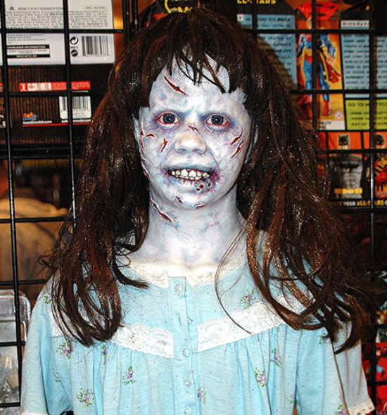 regan macneil - the exorcist | scary girl costume