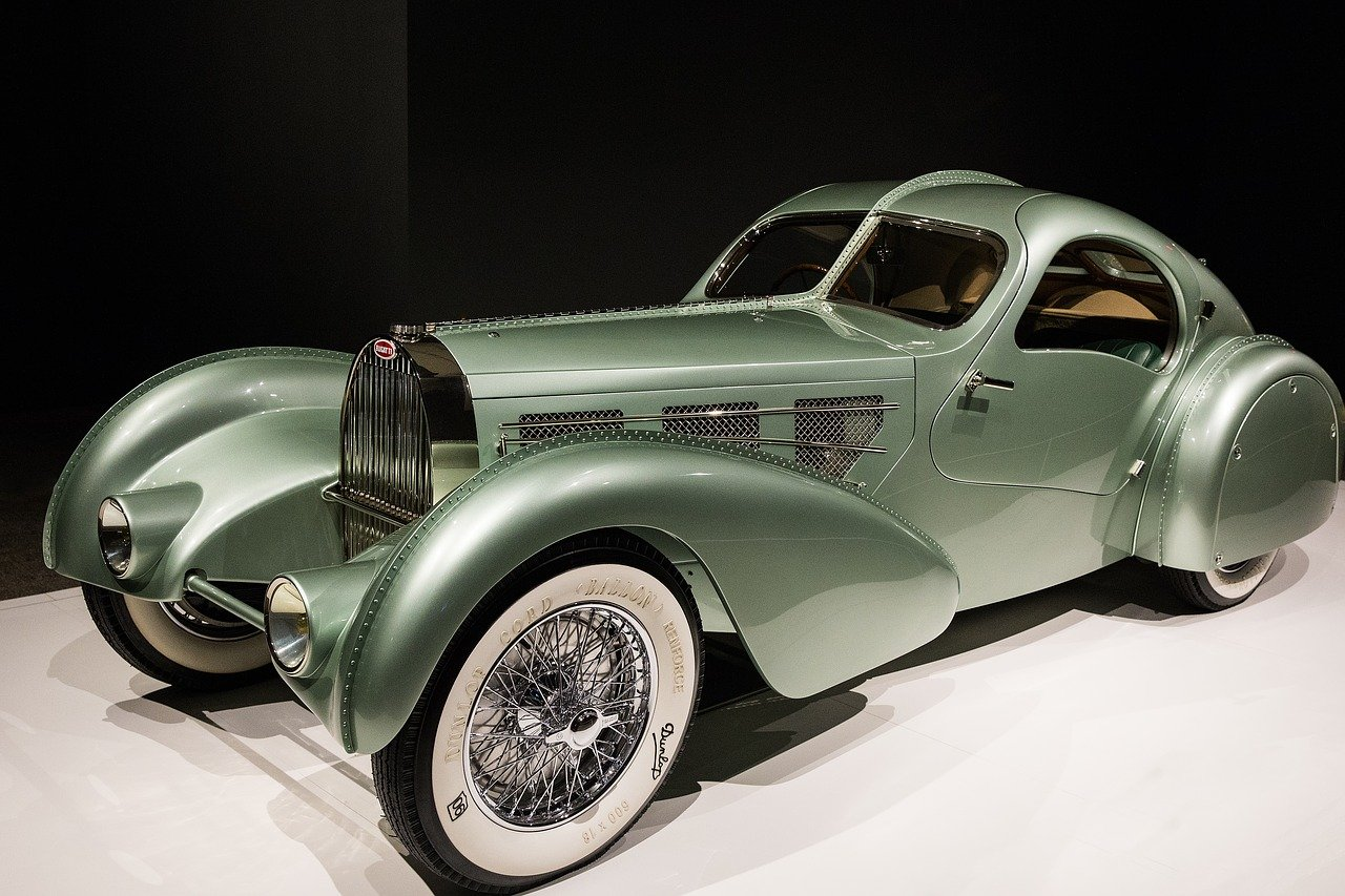 13 of the Weirdest looking cars ever-strangest cars in the world