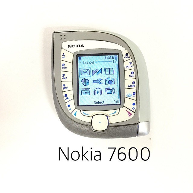 Nokia 7600 | One of The Weirdest phones